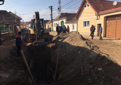 Primarul Dorin Nistor a semnat contracte de finanțare nerabursabilă canalizare menajera și reabilitare grădiniță
