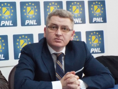 """Deputat Florin Roman, președinte al Comisiei de Administrație Publică: """"Recidiviștii"""" din PSDragnea jefuiesc primăriile"""