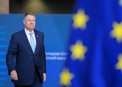 Klaus Iohannis anunță un rezultat istoric pentru România: 79,9 miliarde de euro au fost obținute din acordul privind bugetul și relansarea UE